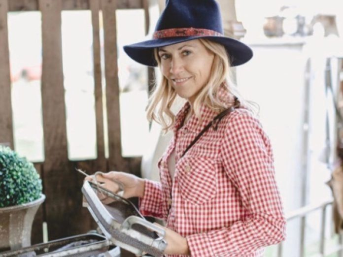 City Farmhouse Hosts Pop Up Fair Featuring Items From Sheryl Crow